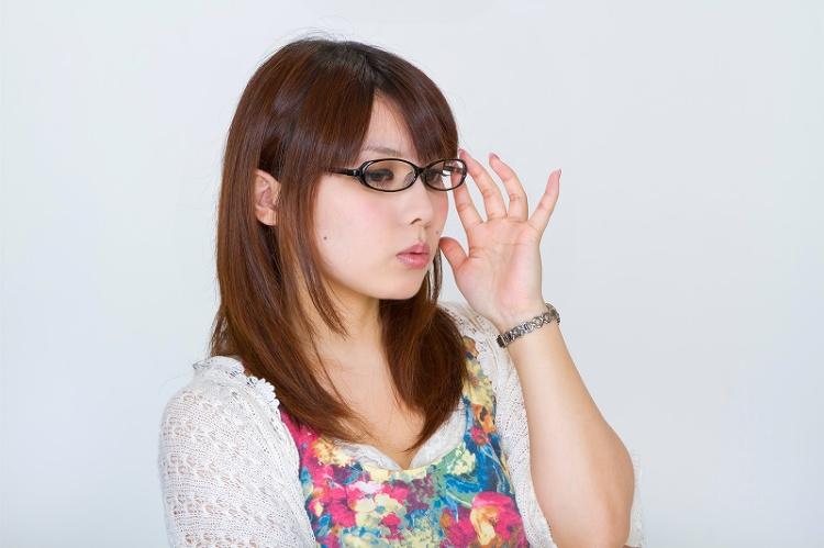 ビジネスプロフィール写真に適した眼鏡の選び方や注意点を解説