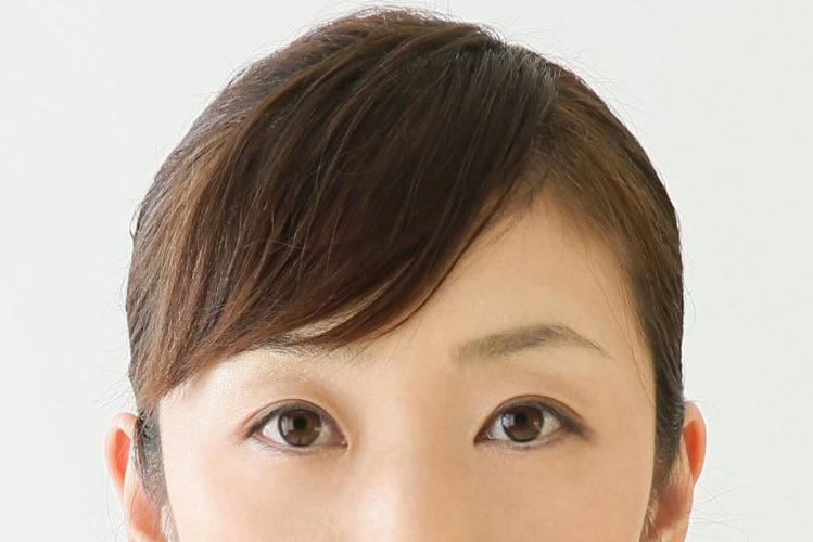 女性のビジネスプロフィール写真のアイメイクのコツとアイテム選びを解説5