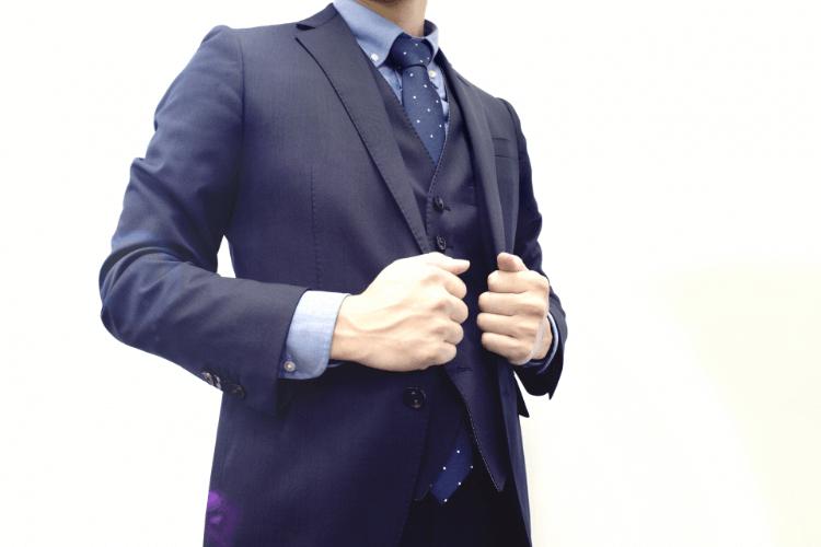 プロカメラマンがビジネスプロフィール写真で男性が着るおすすめのシャツを解説4