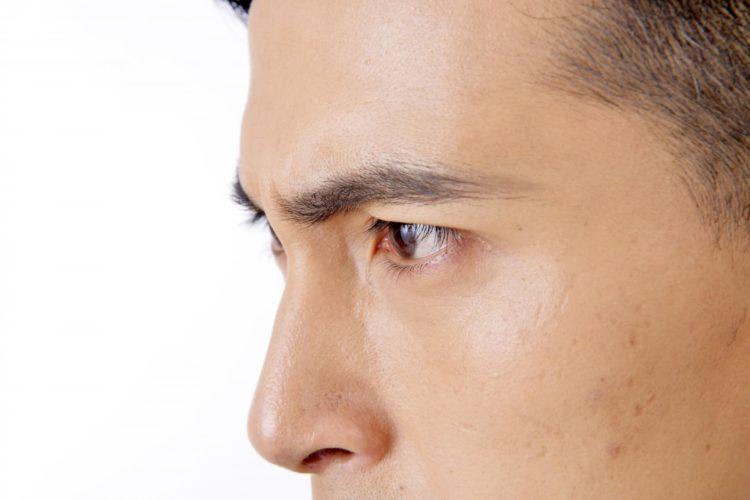 男性のビジネスプロフィール写真で眉が超重要な理由や整え方を解説4