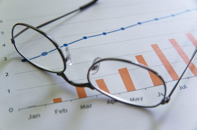 ビジネスプロフィール写真に適した眼鏡の選び方や注意点を解説10
